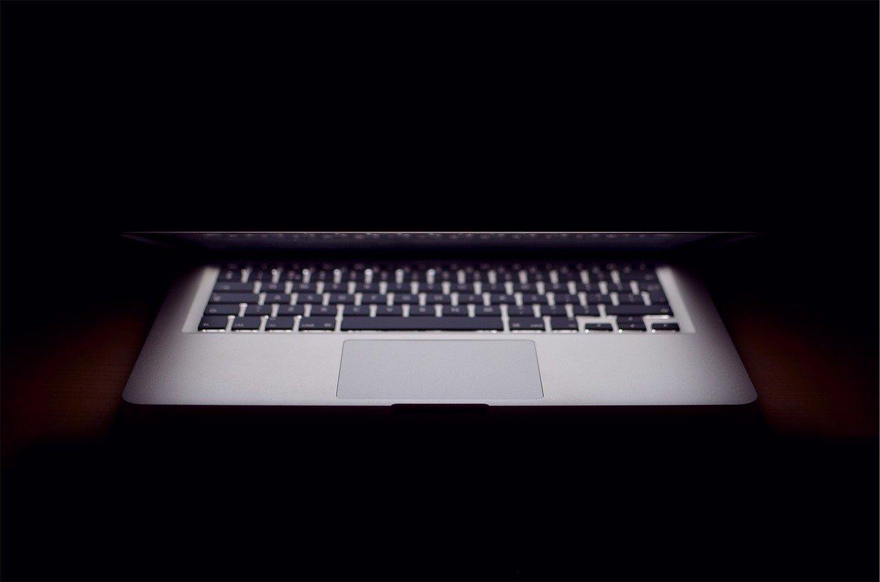 """Craig Federighi : Apple continuera à """"protéger ses clients"""" contre exploitation des données privées"""